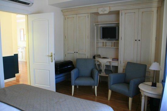 Suites Alba Resort & Spa: Bureau