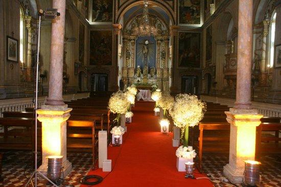Basilica and Convent of Nossa Senhora do Carmo: Altar principal