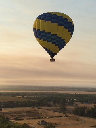 Balloons Above the Valley: View as we ascend