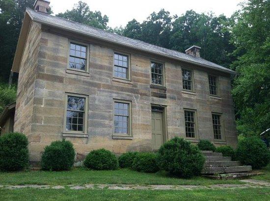 Salt Fork State Park: Kennedy Stone House