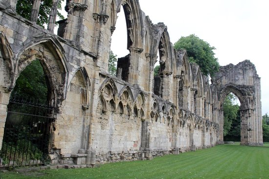 Museum Gardens: The medieval remains of St Marys Abbey Church