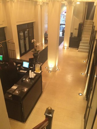 The Mansfield: Lobby/check-in