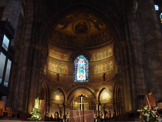 Cathédrale Notre-Dame de Strasbourg : Cathedral is a very wonderful place to visit in Strasbourg