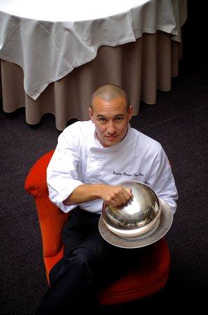 Le Chapon Fin: Le Chef Nicolas Nguyen Van Hai