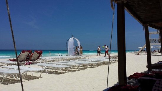 Sandos Cancun Lifestyle Resort: Wedding