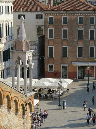 B&B Bloom Venice: Campo Santo Stefano