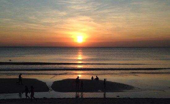 INTERCONTINENTAL Bali Resort : Sunset from Intercontinental beach