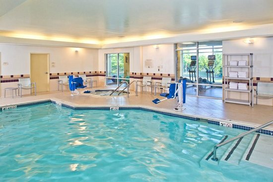 SpringHill Suites Arundel Mills BWI Airport: Indoor Pool and Whirlpool