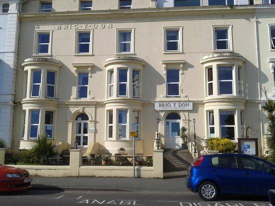 Brig-y-Don Hotel: The Hotel