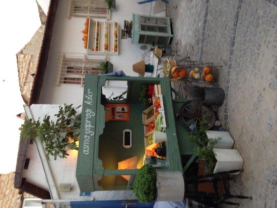 BeyEvi Hotel : Alacati Streets