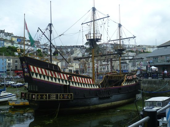 Golden Hind Museum Ship: The Golden Hind