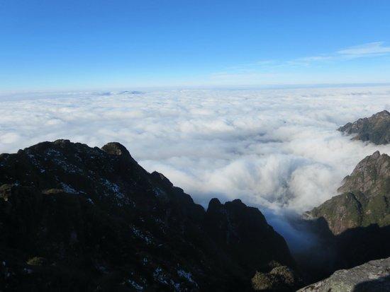 Fansipan Mountain : Fansipan ngày đẹp trời