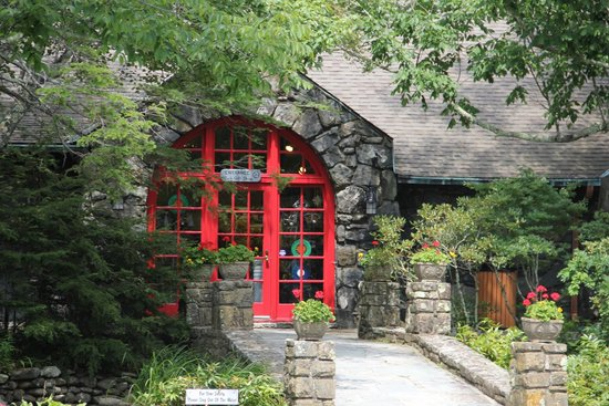 Entrance to the Blowing Rock