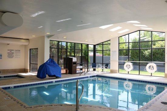 Holiday Inn Express Bellingham: Indoor Pool