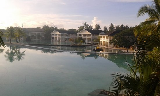 Plantation Bay Resort And Spa: This is the view from our room. Truly lovely.