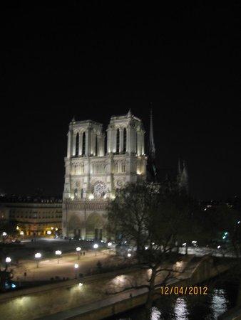 Hotel le Notre Dame: vista della camera di notte