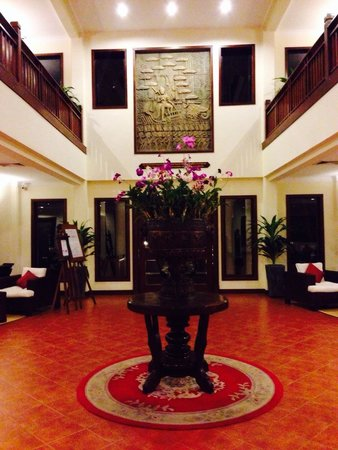Angkor Palace Resort & Spa: Hotel Lobby