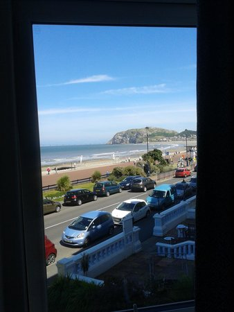 Brig-y-Don Hotel: View looking towards the Little Orme