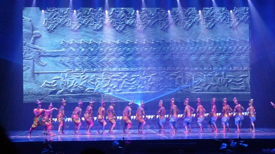 Smile of Angkor: Show picture from the web site