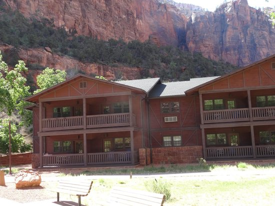 Zion Lodge : Our room (2nd on the left, 2nd floor)
