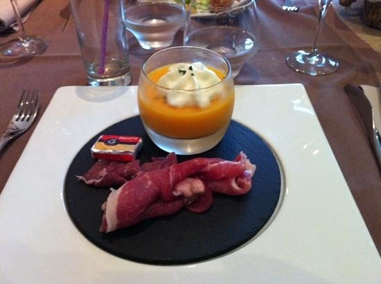 Le Relais Saint-Jacques: melon with ham