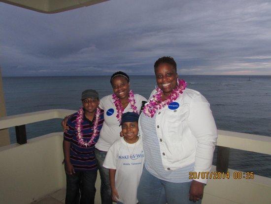 Sheraton Waikiki: standing on balcony