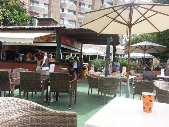 TRYP Tenerife : pool bar