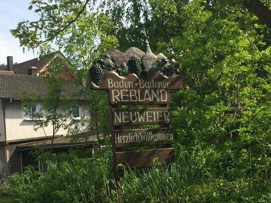 Badenia-Wirtembergia, Niemcy: Baden-Badener Rebland