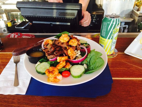George's of Galilee: Steak salad with Cajun shrimp