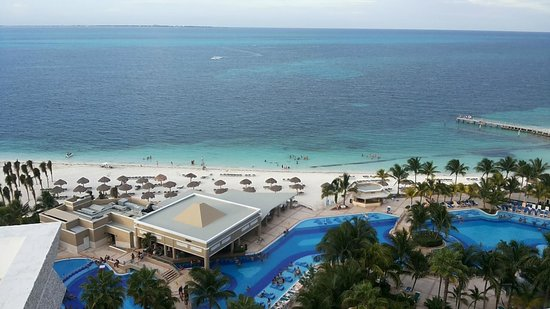 Hotel Riu Caribe: Vista do apto.