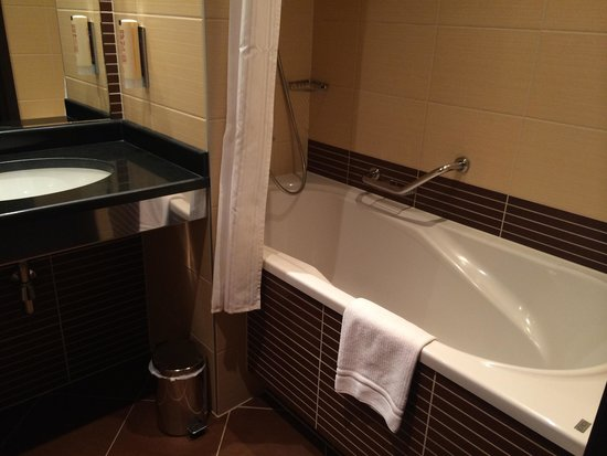 Qubus Hotel Krakow : Łazienka