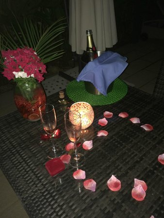 Hotel Bocas del Mar: flowers and rose petals to give the perfect touch
