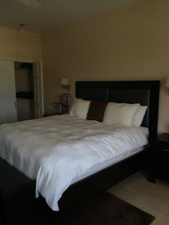 Princess Heights Hotel: Fantastic bed
