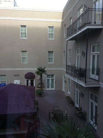 Hyatt Centric French Quarter New Orleans : Swimming pool view