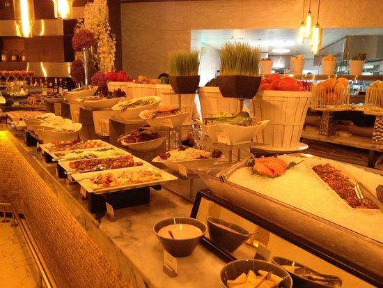 Market by Jean-Georges : Sushi Bar / Sasimi Corner