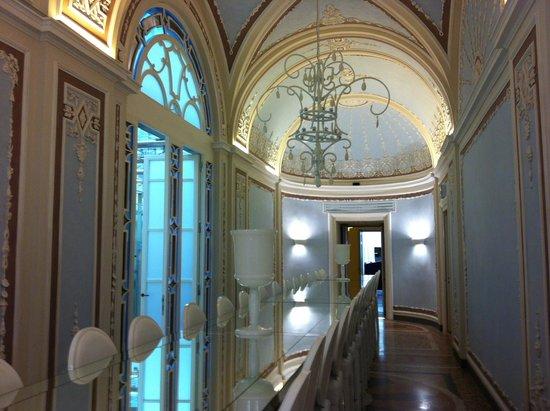 Villa Le Maschere: La salle aux miroirs