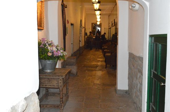 Casa Andina Premium Cusco: pasillo