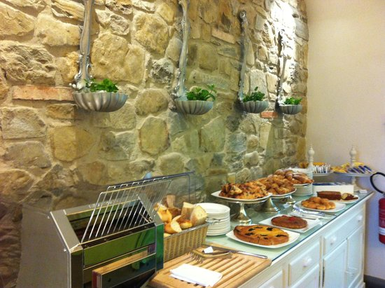 Villa Le Maschere: Breakfast