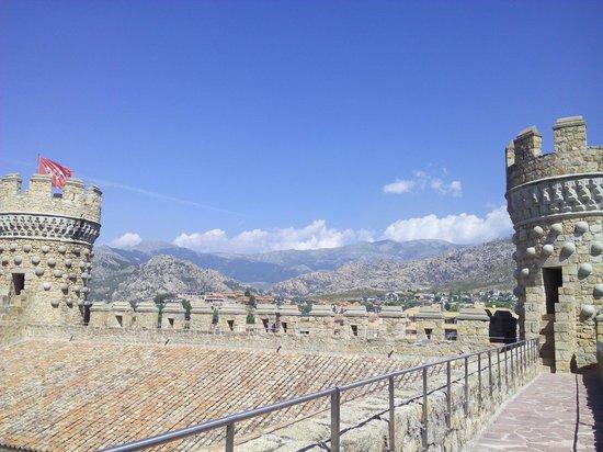 Castillo de los Mendoza (Castillo nuevo de Manzanares El Real): Desde las pasarelas y torres