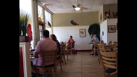 Red Rooster : Dining Room