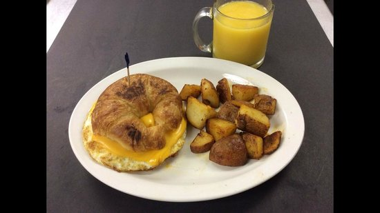 Red Rooster : Croissantwich Special