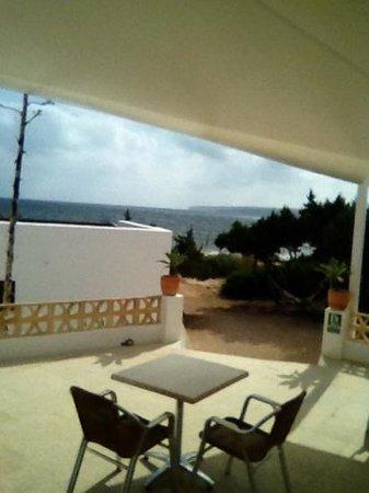 Hostal Aigua Clara: terrazza in comune vista mare