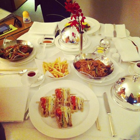 Grand Hyatt Hong Kong: Room service