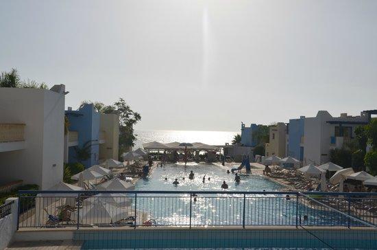 Eleni Holiday Village: Pool