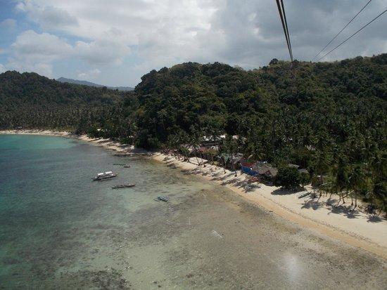 Orange Pearl Beach Resort: Отель с зиплайна