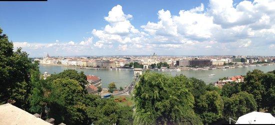 IBEROSTAR Grand Hotel Budapest: Veduta della città