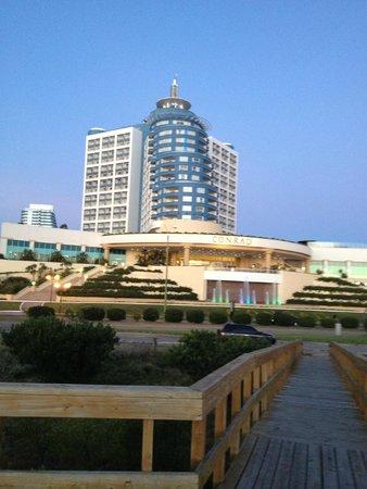 Conrad Punta del Este Resort & Casino: Vista hotel desde a praia