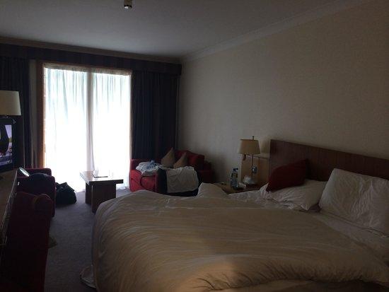 Clayton Hotel Cardiff Lane: Upgraded king room