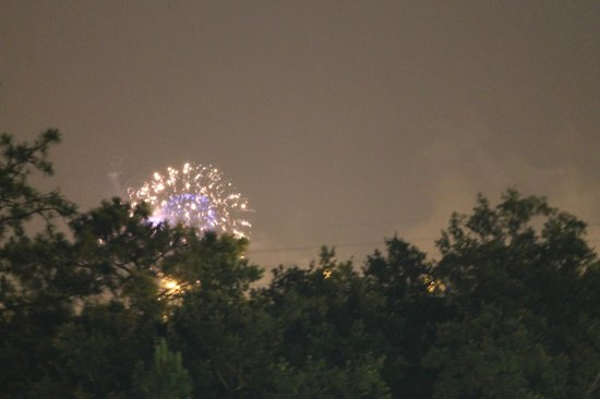 Holiday Inn Orlando SW - Celebration Area : view of fireworks ( 5miles away ) from balcony