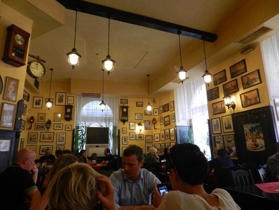 Restaurant U Jindrisske Veze : Interior